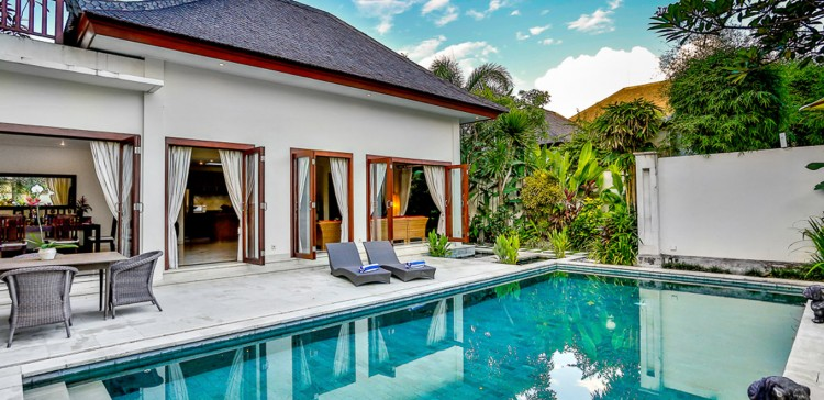 Villas in Mauritius can cost you cheaper than certain resorts.